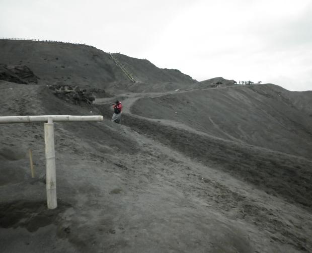 Bukit pasir yang harus didaki, semangaaaaaaaattt ^^)9