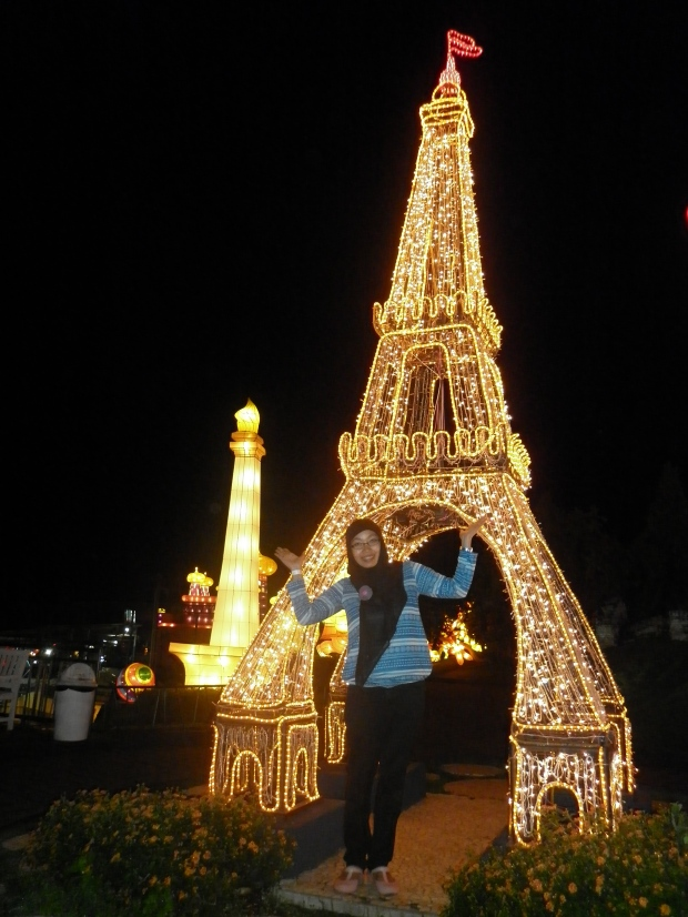 Eiffel on BNS ;)