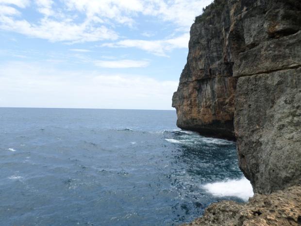 Tebing curam Samudra Hindia